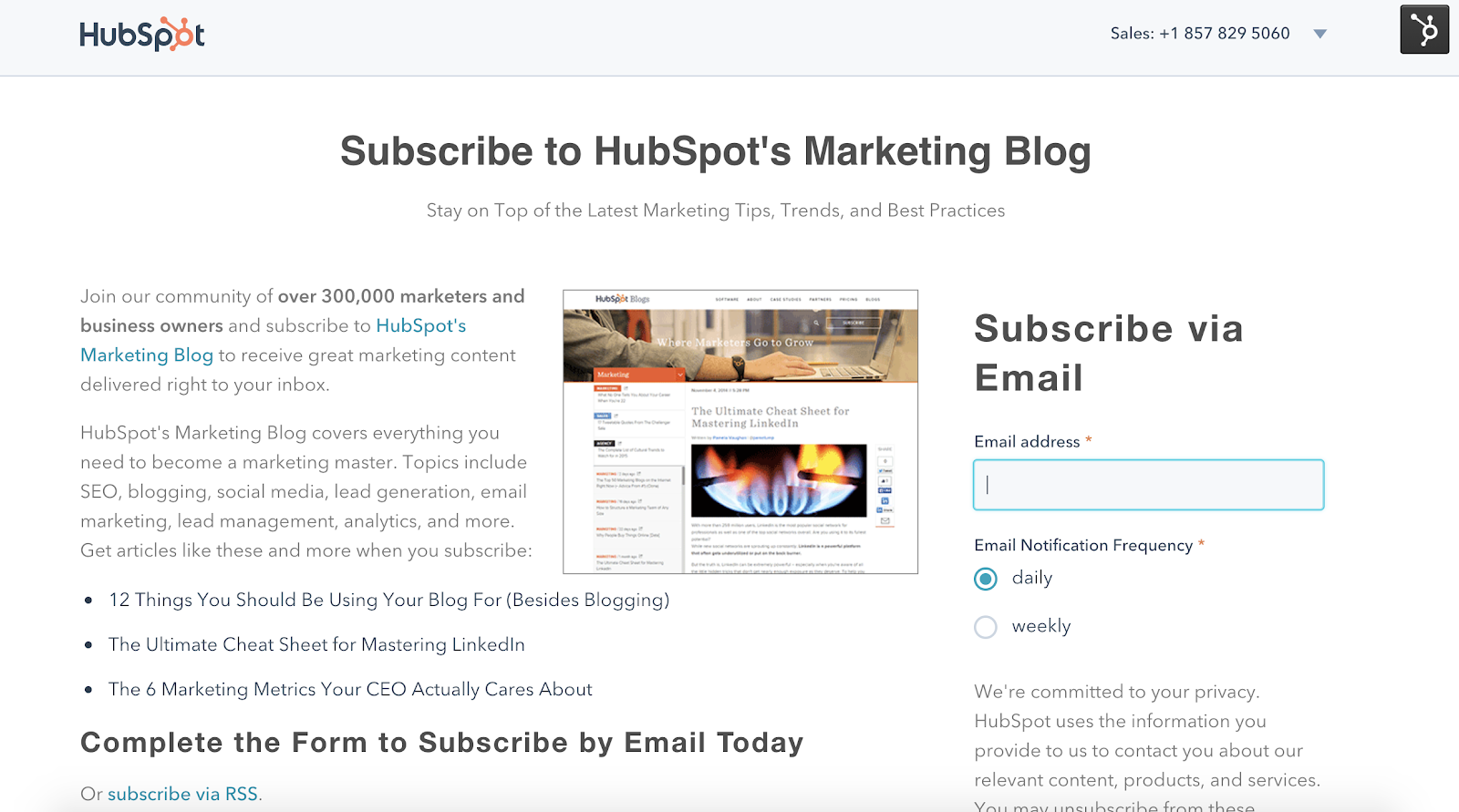 hubspot's marketing blog with subscribe form in the sidebar